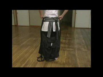 Come indossare keikogi, obi e hakama